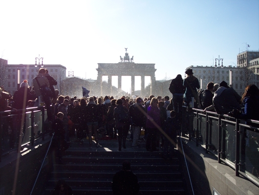 Brandenburger Tor - Kissenschlacht
