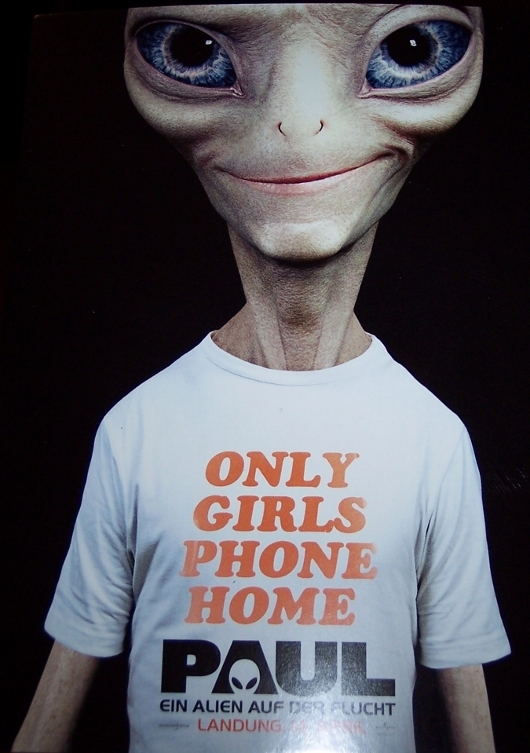 Paul – Only girls phone home